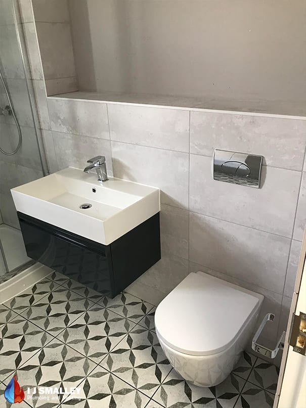 Traditional Sink & Toilet Installation Bolton